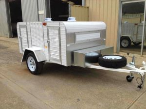 medium 4 berth trailer