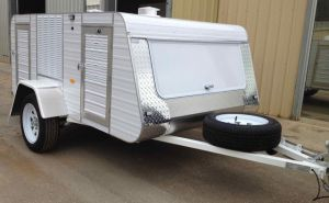 premium medium 4 berth trailer