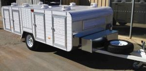 single axle large 8 berth