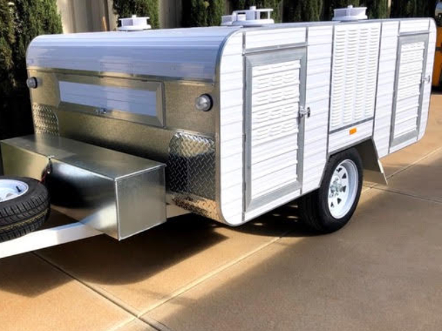 standard large 4 berth trailer